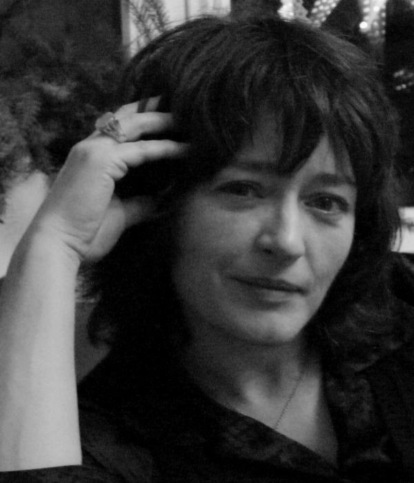 <b>Prof. Dr. Britta Hartmann</b>